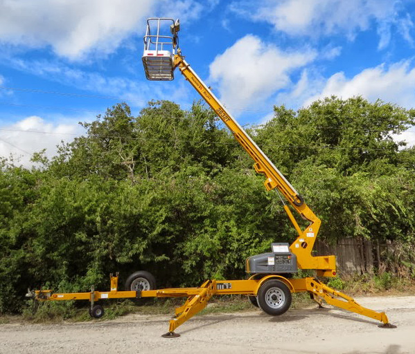 36' Boom Lift Tow Behind